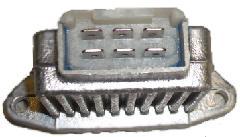 KF900PL - Feszültségszabályzó 215x215