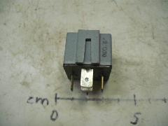 20407100 - Relé 24V 20A 215x215