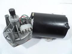 403195 - Ablaktörlő motor 215x215